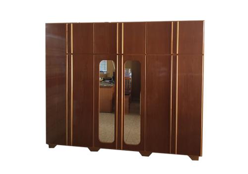 Guarda Roupa 6 porta com espelho
